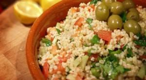 "In cucina. Il piatto di oggi è ""insalata di bulgur"""