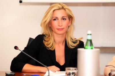 """Mozione parlamentare per superare """"burocrazia oncologica"""""""