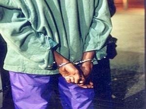 arresto_extracom--400x300