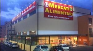 Furto di oltre 10mila euro ai Mercati alimentari di Zafferia