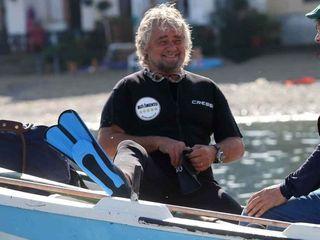 """Grillo, Cancelleri e i candidati all'Ars andranno nei """"luoghi-simbolo dello spreco e della bellezza siciliana deturpati dalla malapolitica""""."""