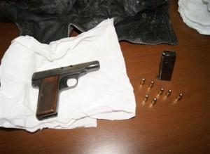 Messina. La Squadra Mobile rinviene una pistola e un centinaio di proiettili