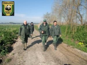 WWF. Guardie e ladri di natura: cronache dal territorio di chi difende i beni comuni.