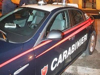 carabinieri_carabinieri_volante_notte_palazzo_web--400x300
