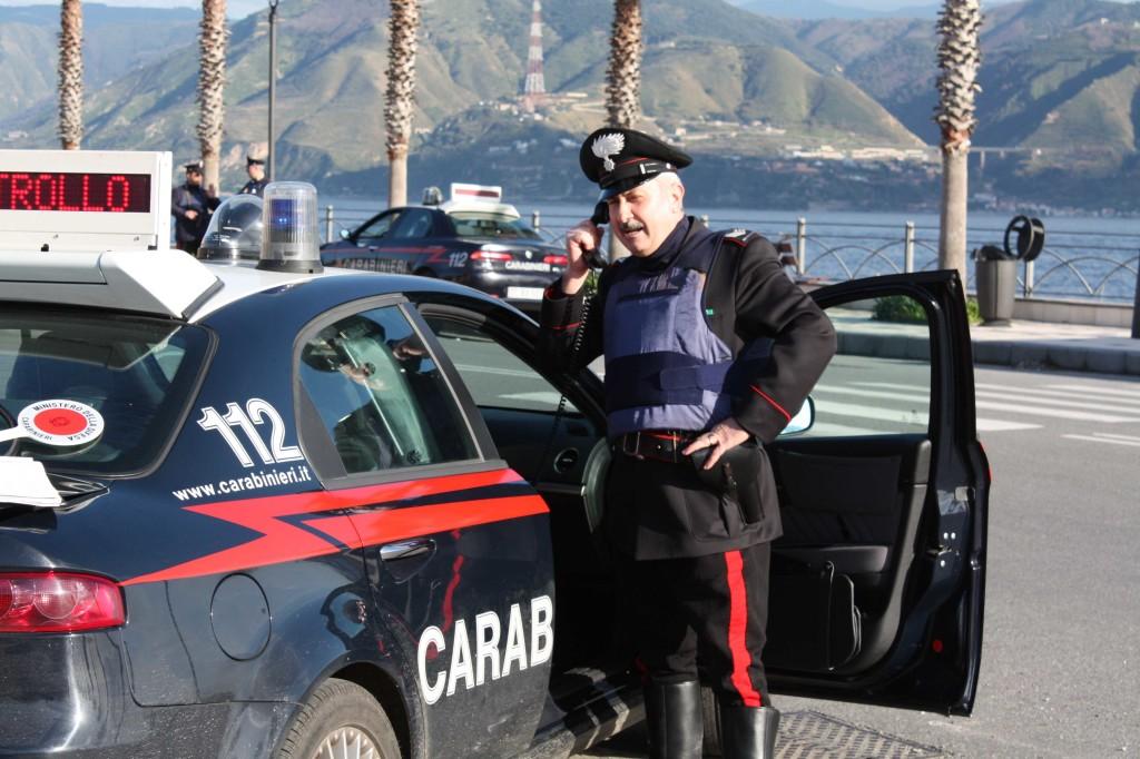 Messina: sette persone, tra cui un minore, denunciate dai Carabinieri.