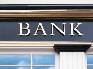 Licenziato il bancario che si allontana dal lavoro per prendere un caffè.