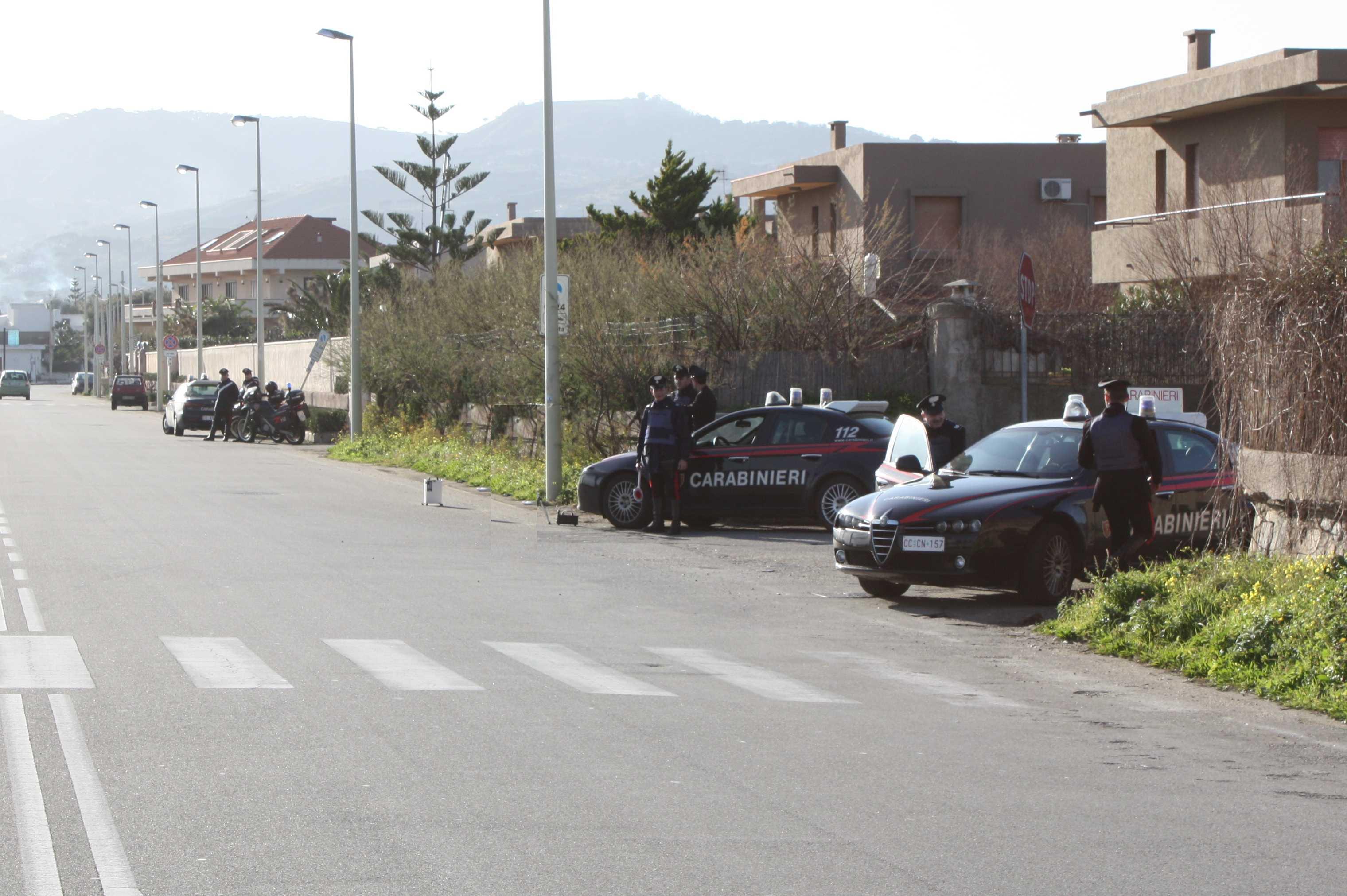 Massina. Carabinieri: arresti e denunce.