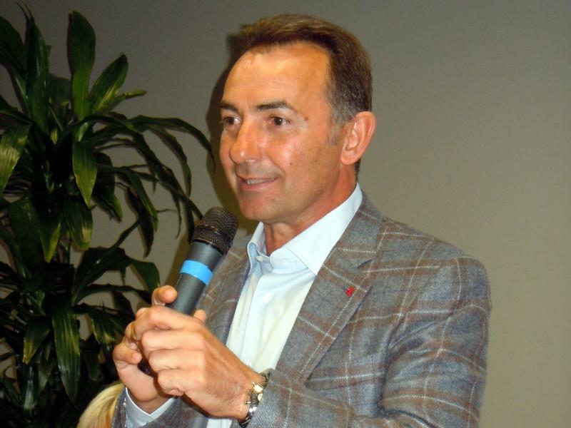 Asp Catanzaro: l'Aisla ringrazia Mancuso per il lavoro svolto in favore delle persone affette da Sclerosi Laterale Amiotrofica.