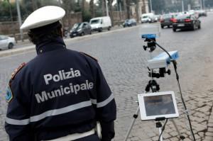 Proseguono i controlli con l'autovelox su alcuni assi viari principali della città