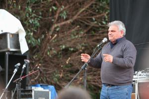 Franco Nisticò sul palco NO PONTE 19.12.2009 prima di morire