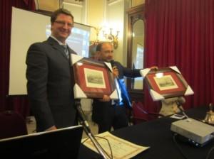 Qualche giorno fa nel Salone degli Specchi il Kiwanis ha premiato il messinese Ing. Alberto Arena.