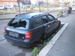 Guardavalle (Cz). Tempi duri per chi abbandona autoveicoli o parti di essi per le strade.