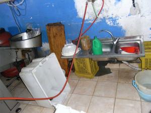 Asp Catanzaro: il servizio igiene alimenti e nutrizione sequestra oltre 36.000 chilogrammi di conserve vegetali abusive a Lamezia Terme