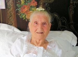 Nonna Maria Francesca Origlia compie 104 anni, grande festa privata.