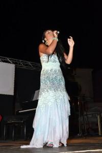 Daniela Cavallaro canta