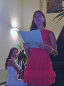 Laura Culicetto ed allo sfondo Natalie Andaloro
