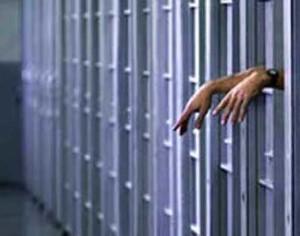 Trasferito in carcere uno degli autori dello scippo ai danni di una 77enne.
