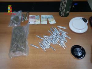 Polistena (Rc). Polizia:  arresti per produzione, traffico e detenzione illecita di sostanza stupefacente.