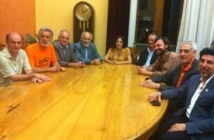 Il sindaco Accorinti e la giunta comunale formulano gli auguri al Prof. Gaetano Silvestri.