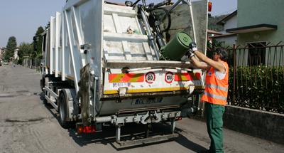 rifiuti spazzatura messinambiente