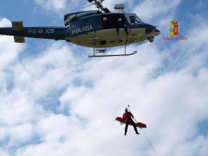 Missione di soccorso del 5° Reparto Volo della Polizia di Stato alle Isole Eolie del 05.09.2013