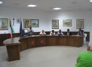 Guardavalle (Cz). Grande partecipazione di cittadini all'incontro con l'amministrazione comunale. Argomenti: dissesto e tributi.