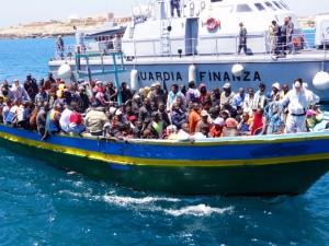 Reggio Calabria. Sequestrata nave madre utilizzata per favorire immigrazione clandestina