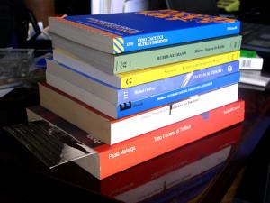 Contributo acquisto libri a Guardavalle (Cz) per gli studenti degli istituti secondari di primo grado. Ecco dove ritirarli.