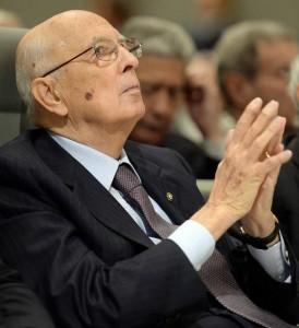 Napolitano,governo ha vinto sfida grazie a fermezza