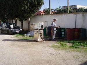 Palermo. Contrabbando di olii minerali. Sequestrati 30mila litri di olio lubrificante