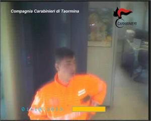 Ragusa. Carabinieri della Compagnia di Taormina eseguono Ordinanza di Custodia Cautelare in carcere per una rapina in Banca a Santa Teresa di Riva del 1 ottobre 2013.