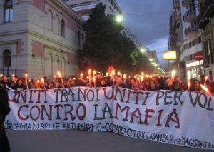 manifestazione antimafia fiaccolata