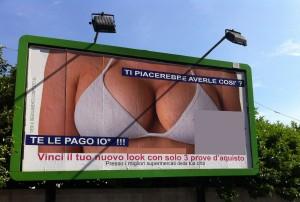 Pubblicità sessista: Sindaco Catania fa oscurare manifesti considerati offensivi