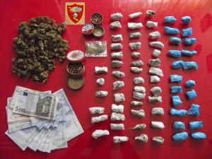 Messina; una persona arrestata dai Carabinieri per detenzione a fini spaccio di sostanza stupefacente.