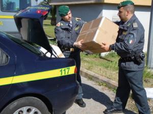Contraffazione di prodotti di largo consumo. Comando Provinciale Catanzaro