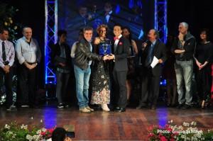 foto 1 - Il Presidente del consiglio Gianfranco Timpanaro premia la coppia Arena-Nicotra