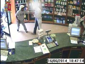 Arrestato l'autore della rapina in farmacia commessa lunedì scorso.