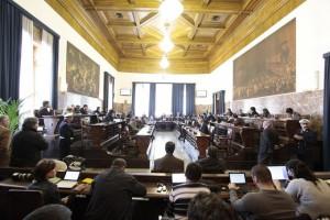 """Messina. Scuola Politica: """"Tutti a casa, Accorinti e consiglieri""""."""