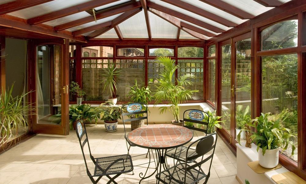 giardino d inverno in legno idee per il design della casa