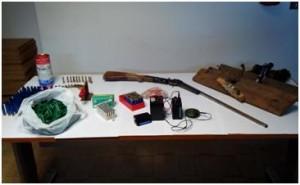 Platì (Rc). Arrestato dai Carabinieri un pregiudicato 78enne, sorpreso detenere un'arma clandestina e munizionamento vario.
