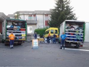 """Davoli (Cz). I volontari del progetto """"Più riciclo più solidarietà di Davoli"""" presentano """"Differenziamoci""""… raccolta straordinaria di indumenti usati e giocattoli."""