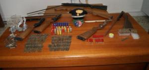 Placanica (Rc). Allevatore arrestato dai Carabinieri: deteneva illegalmente armi, munizioni e polvere da sparo