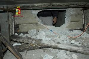 Bovalino (Rc): Scoperto dalla Polizia di Stato il bunker di un latitante di San Luca.
