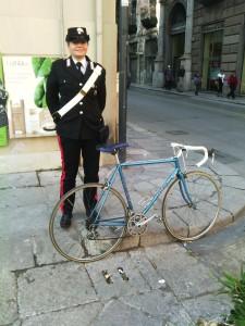 Affari sul Web. La vittima riconosce la sua bici e si affida ai Carabinieri: arrestato 22enne.