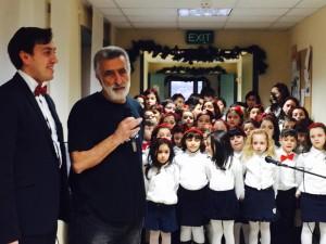 Il Maestro Costantino Lauria, Sindaco Accorinti e Coro