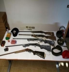 Platì (Rc). Rinvenuti dai Carabinieri 5 fucili e diverse munizioni.