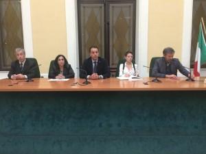 Lorenzo Fascì (PCdI)_ Leila Genua (Sel)_ Giovanni Nucera (consigliere la sinistra)_ Mario Melfi (segretario regionale SEL)