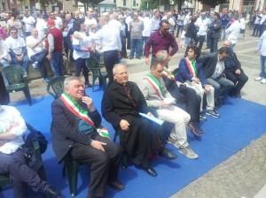 PROTESTA TAXI ROMA PRO OSPEDALE AGNONE 09.05.2015 - prima fila autorità