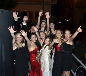 Daniela Cavallaro con cantanti e modelle