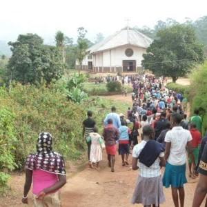 la chiesa ddi don antonio mascia - camerun 2015
